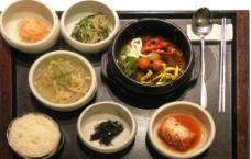 石锅拌饭套餐图片
