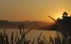 夕阳下的千岛湖图片