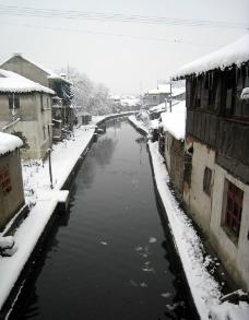 江南水乡雪景图片