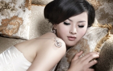 美女 锆石 性感 模特 饰品 生活图片