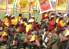 西藏庆典之献礼格萨尔王图片