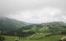 雨前山色图片