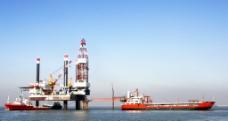 海洋石油开采平台图片